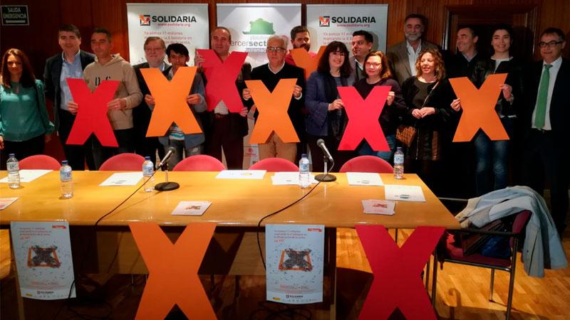 La Plataforma del Tercer Sector de Extremadura presenta la campaña 'X solidaria'