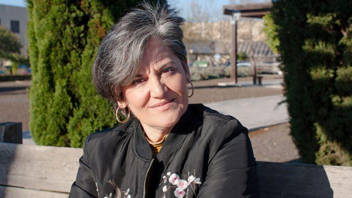 Caridad Jiménez presenta su libro 'Juana en treinta cartas y un telegrama'