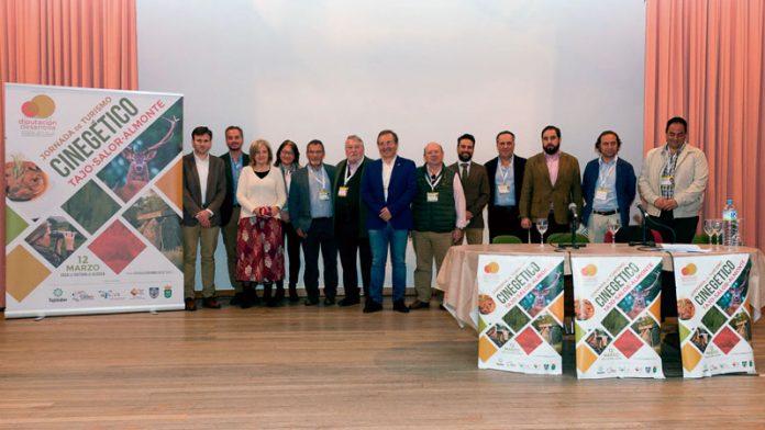 Aliseda acoge una jornada sobre turismo cinegético en el marco del programa 'Diputación Desarrolla'. Grada 134. Diputación de Cáceres