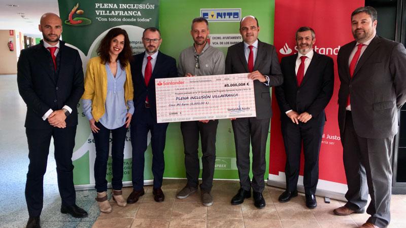 Banco Santander apoya un proyecto social de Plena inclusión en Villafranca de los Barros