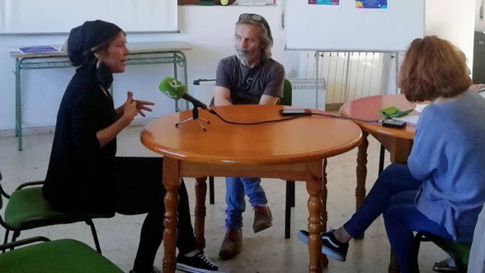 La Asociación de personas sordas de Cáceres promueve el conocimiento de la lengua de signos