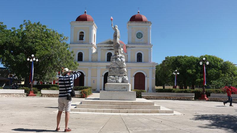 Gibara, la villa blanca cubana. Grada 134. Viajes