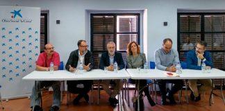 Encuentro entre internos de centros de Badajoz y Cáceres y voluntarios de Avimex. Grada 135. Primera Fila