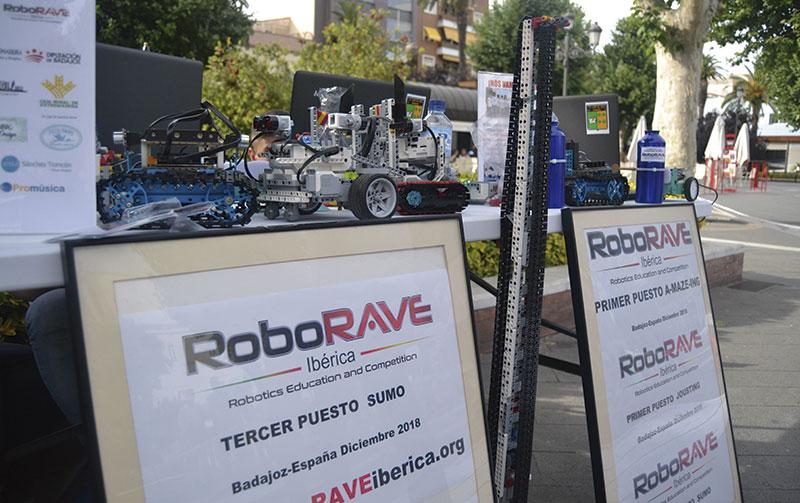 El colegio Lope de Vega de Badajoz representará a España en RoboRAVE International en China. Grada 135. Qué pasó