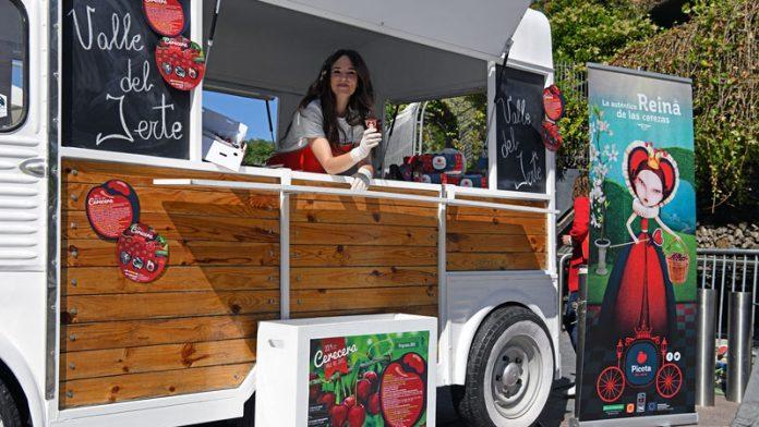 La Picota del Jerte desarrolla una campaña promocional en Madrid