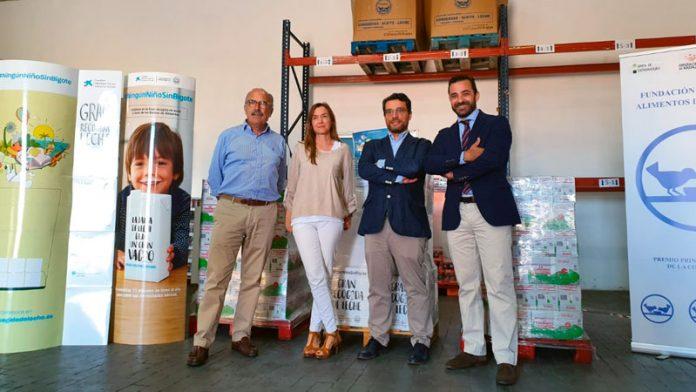 Lider Aliment dona 1.500 litros de leche a La Caixa y los Bancos de Alimentos de Extremadura