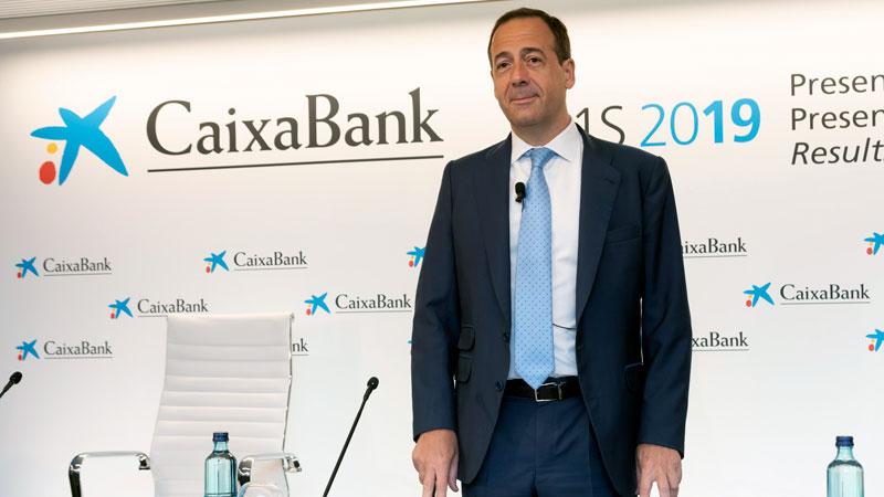 CaixaBank obtiene un beneficio semestral de 622 millones tras la reestructuración de su plantilla
