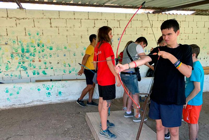 Fundación Aon y Fundación Deporte y Desafío han desarrollado un campamento para jóvenes con diversidad funcional