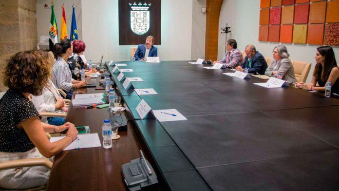 La Junta de Extremadura aprueba ampliar el centro residencial La Granadilla de Badajoz