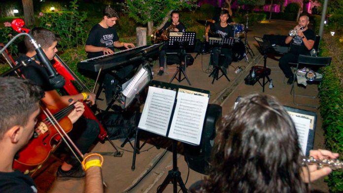 La Joven Orquesta de Mérida y cuatro DJ's locales darán la bienvenida a los asistentes del Stone & Music Festival
