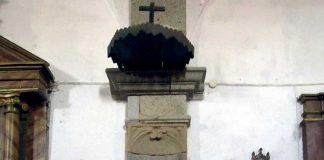 El púlpito de la iglesia parroquial de Benquerencia (Cáceres). Grada 137. Historia