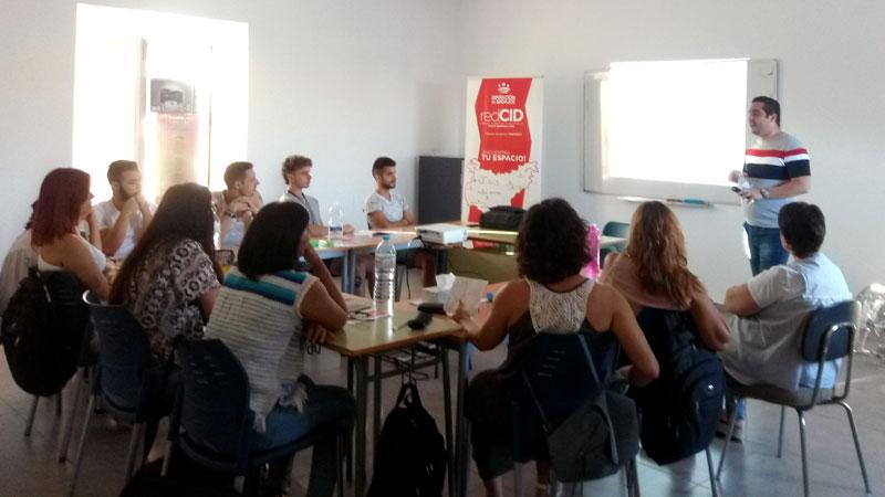 El proyecto CID Emprende organiza el taller 'Motivación para el emprendimiento' en Bienvenida