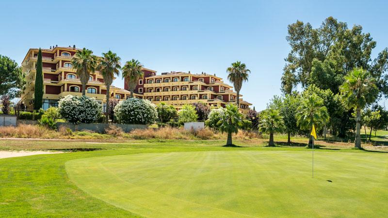 El hotel Ilunion Golf Badajoz mejora su certificación QSostenible otorgada por el Consejo Internacional de Empresa Sostenible