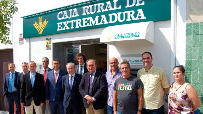 Caja Rural de Extremadura abre una nueva sucursal en Casatejada