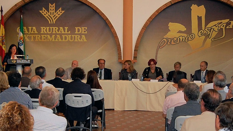 Caja Rural de Extremadura patrocina el I Foro del mundo rural de Extremadura