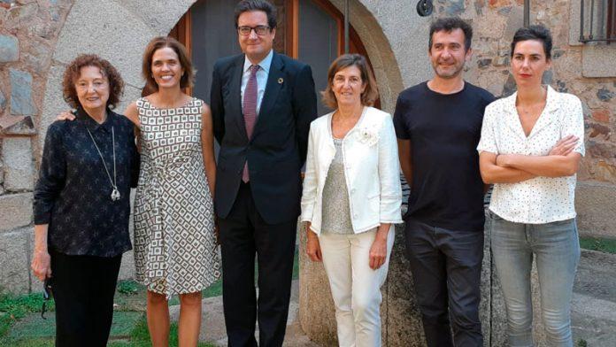 Paradores y La Fundación Caja de Extremadura ponen en marcha la exposición 'Arte en la red de Paradores... Obra Invitada'