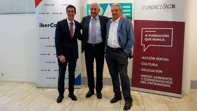 Fundación CB e Ibercaja firman un convenio con el Colegio de Arquitectos de Extremadura