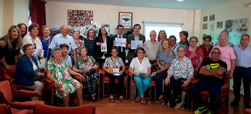 Cocemfe Badajoz desarrolla la campaña 'Comparte y respeta' con el apoyo de Fundación CB e Ibercaja