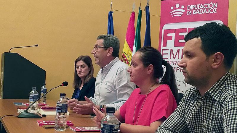 Más de 200 personas participan en la Feria de Empleo de Jerez de los Caballeros