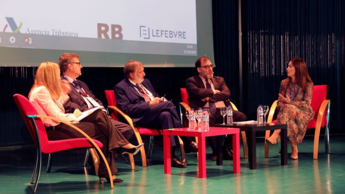 Más de 150 empresarios extremeños conocen la importancia del cumplimiento normativo en el ámbito empresarial