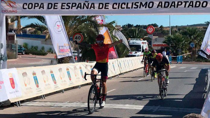 Rubén Tanco revalida su título como campeón de la Copa de España de ciclismo adaptado