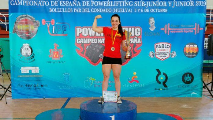 Esther Gutiérrez se proclama campeona de España junior de Powerlifting