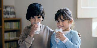 La Caixa y CaixaBank consiguen más de 2,5 millones de litros de leche para los bancos de alimentos