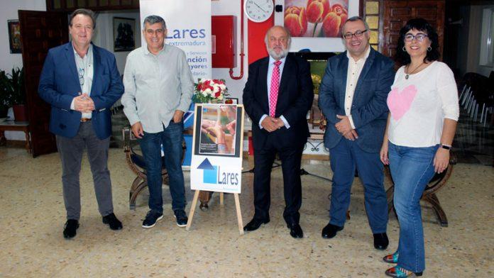 Lares Extremadura celebra su asamblea general apostando por las personas mayores