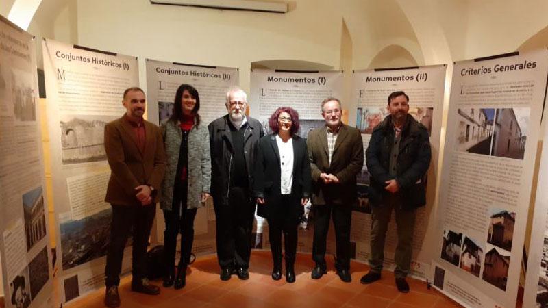 Exposición sobre las comisiones provinciales de patrimonio histórico de Extremadura en Badajoz