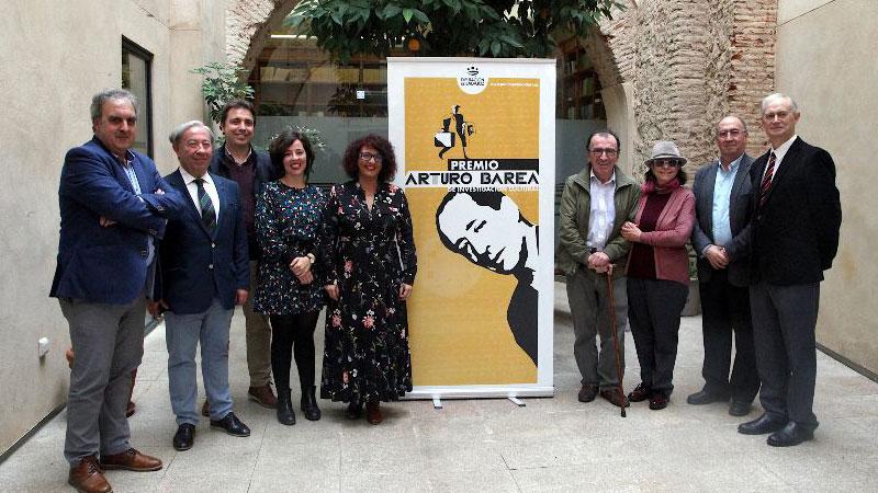 David Conde Caballero recibe el Premio Arturo Barea 2019 por su obra 'Hambre. Una etnografía de la escasez de postguerra en Extremadura'