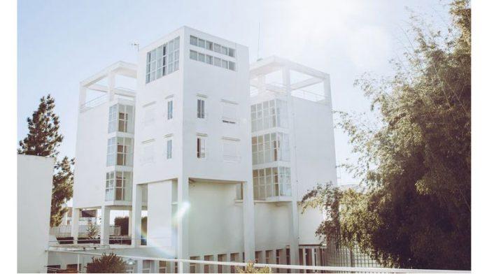 Fundación CB presenta un programa de becas para los residentes de su residencia universitaria en Badajoz