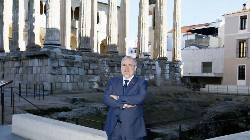 Conferencia de Jaime Ruiz Peña en Badajoz