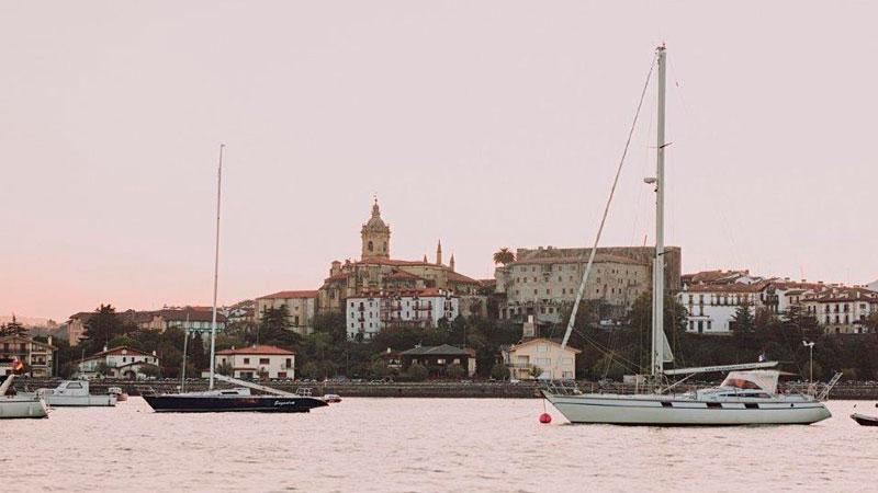 Hondarribia, en el País Vasco. Foto: Red de Ciudades y Villas Medievales