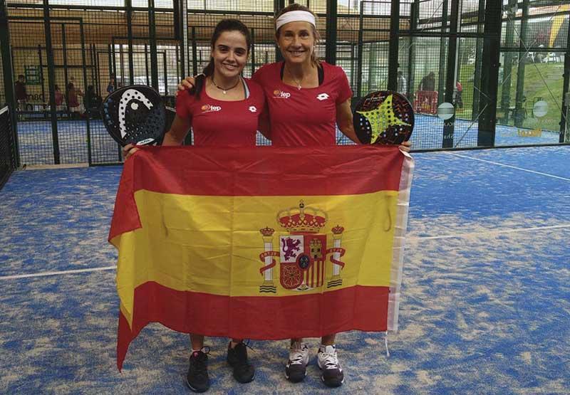 Con Carolina Navarro, en el Campeonato de Europa de 2019. Foto: Cedida