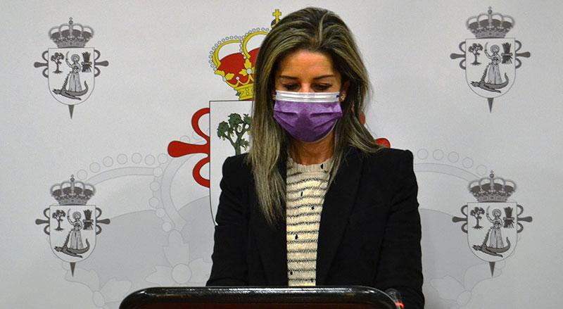 Inmaculada Cumbreño lee el manifiesto. Foto: Cedida