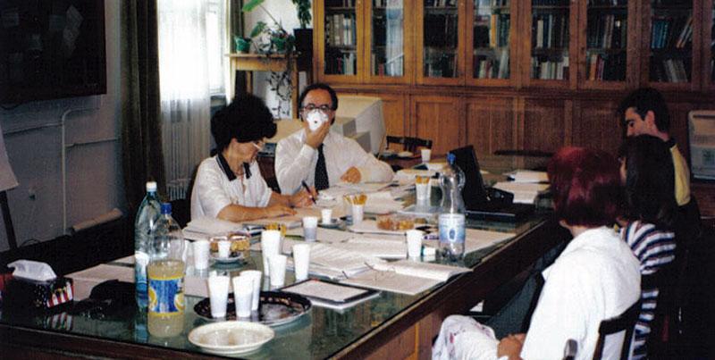 Ministerio de Justicia de Rumanía, 2004. Informe sobre tuberculosis en prisiones rumanas. Foto: Cedida