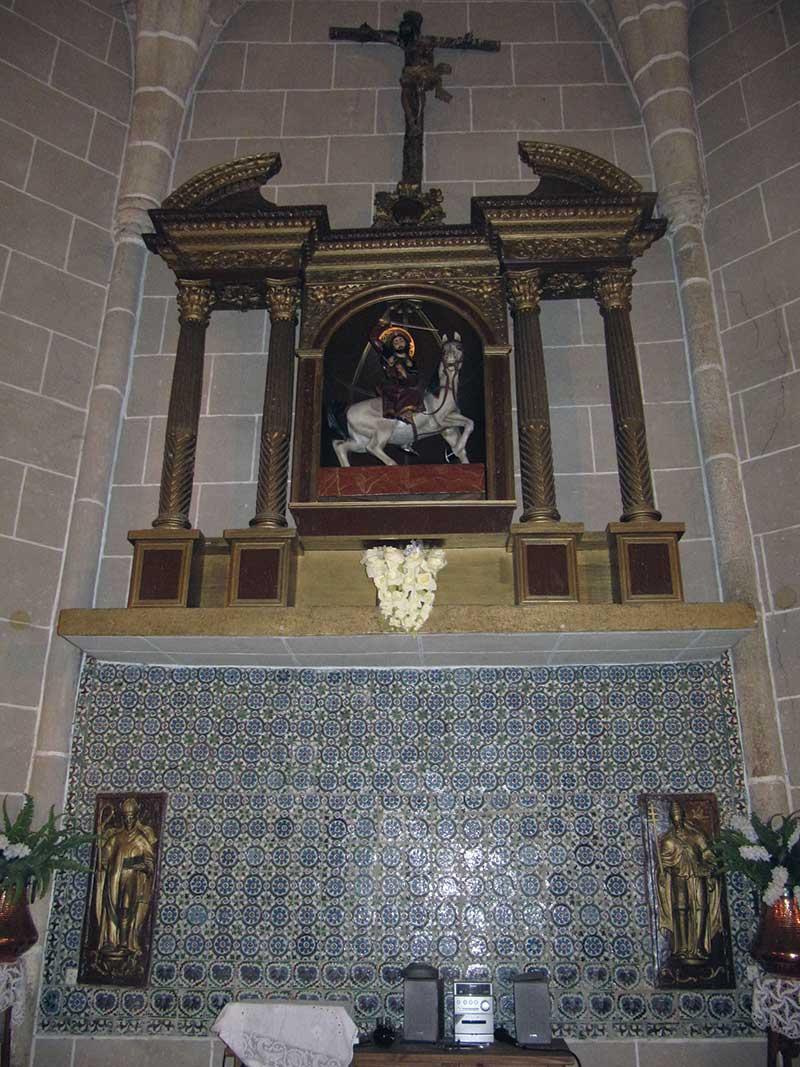 Retablo mayor de la iglesia de Santiago del Campo. Foto: Cedida