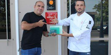 David Gibello recibe el premio 'Facebook Gather 2021' por su blog de cocina