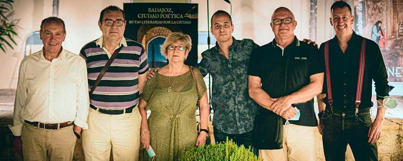 Protagonistas de la velada literaria. Foto: Alejandro Huyro