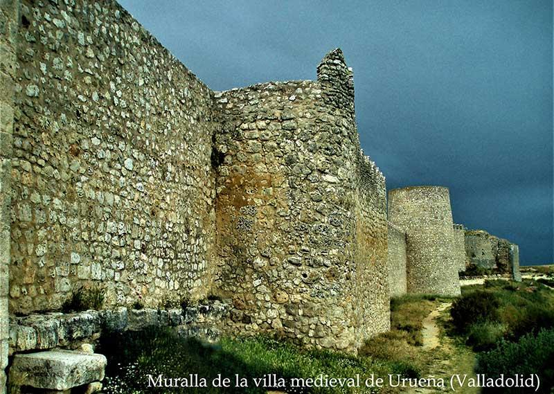 Muralla de la villa medieval de Urueña (Valladolid). Foto: Juan Monzú
