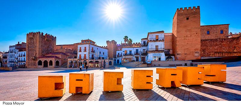 Fotografías: Portal Oficial de Turismo de Cáceres y David Díaz Pérez